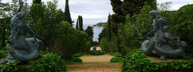 The Sirens of Santa Clotilde Gardens