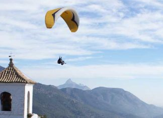 Paragliding in Spain