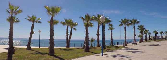 playa flamenca promenade