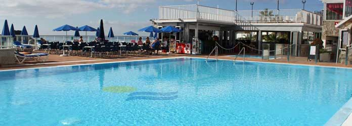 Puerto Rico, Swimming Pool