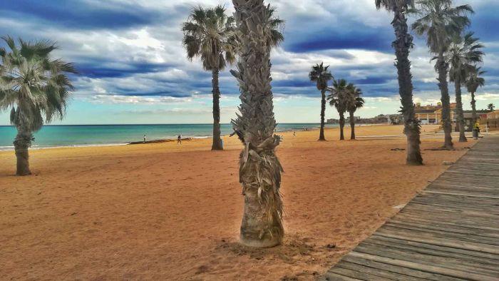 Playa la Mata Beach